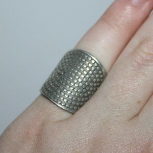 Fun wide silver boho style ring 5.5